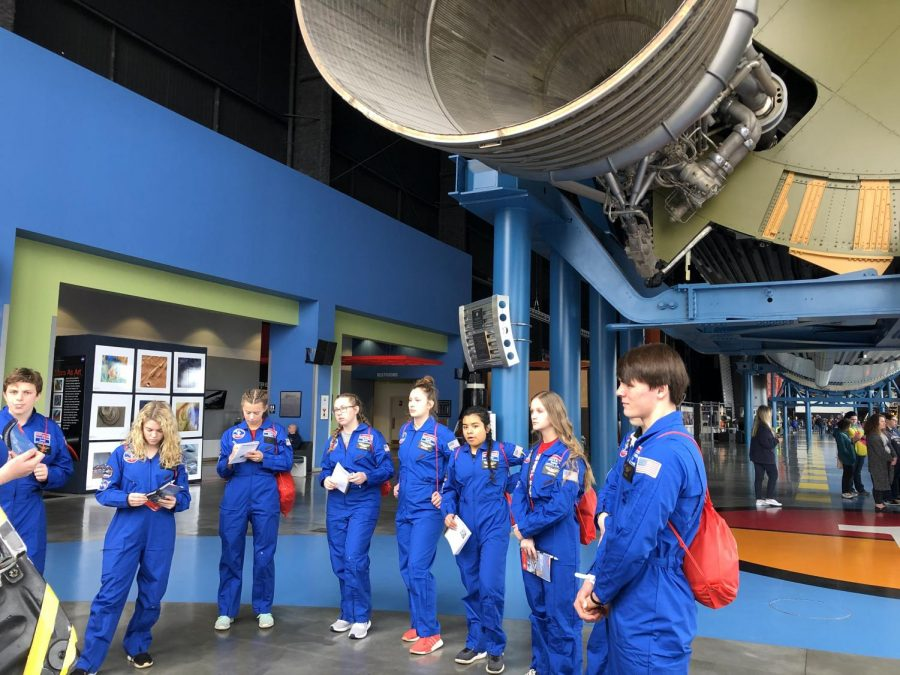 Earth and Space students visiting Space Camp
