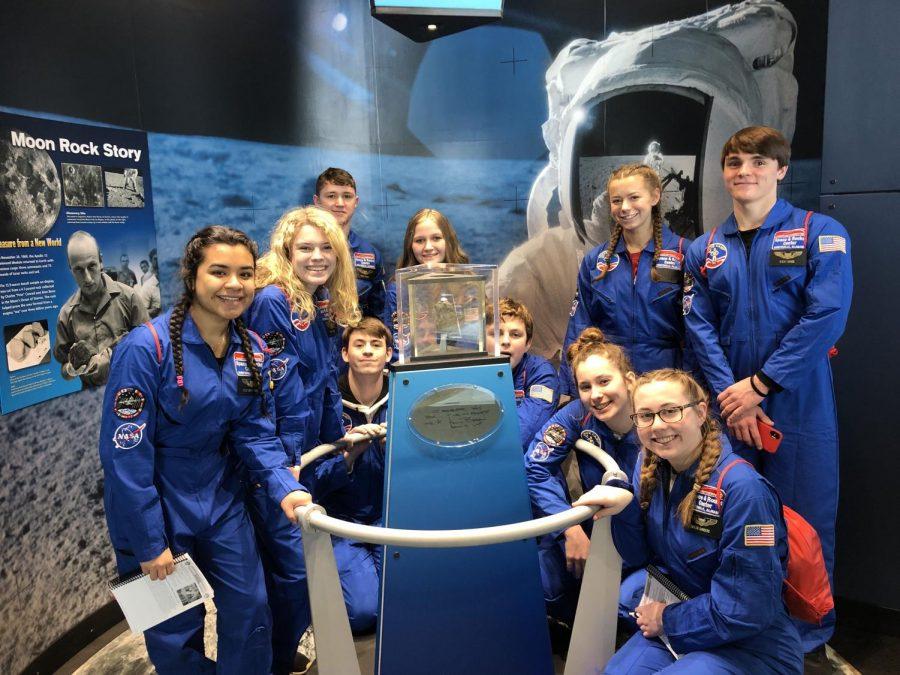 Mrs. Gilford's students visit Nasa Space Camp.