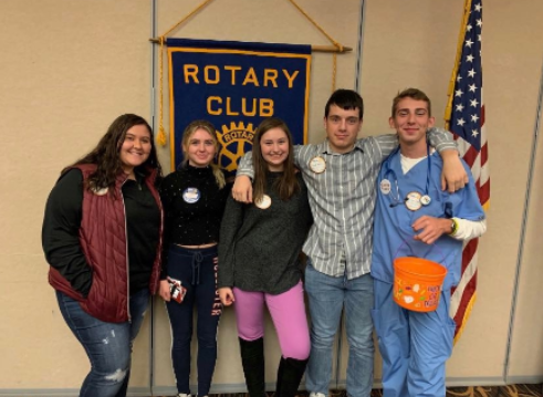 Hayley Bolinger, Lovisa Klingberg, Olivia Cormican, Cole Baer, and Ty Ploss visit the Rotary during one of their weekly luncheons on Thursday.