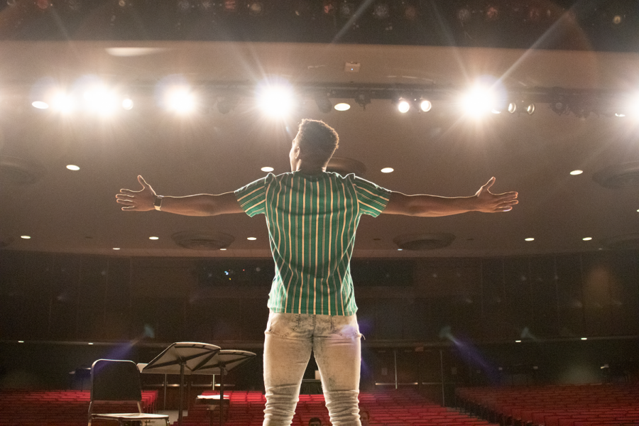 Kahari Jackson demands his stage presence at Twin Lakes.