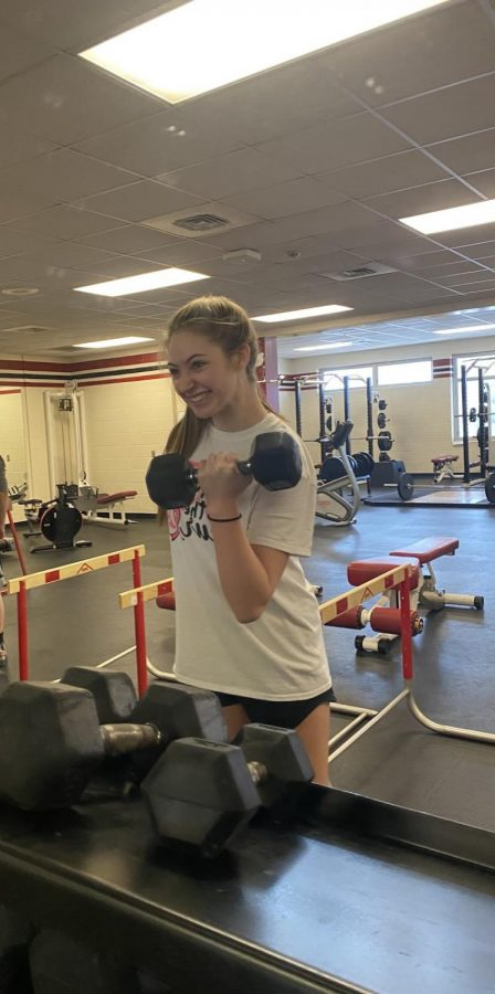 Emma+Need+getting+that+work+in+CFT+class.+I+love+CFT+and+bench+jumps%21+CFT+is+a+cross+fit+elective+class+that+sophomores+and+above+can+take+up+to+two+semesters+a+year.+